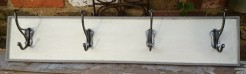Vanille and Grey Coatrack with 4 Silver Hooks