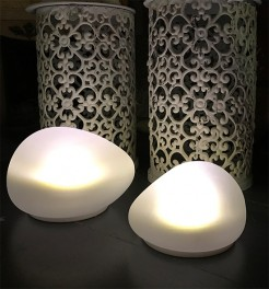 Solar Glowing LED Outdoor Pebble Lights