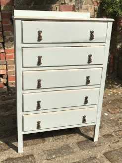 1930s Chest of Drawers Painted in Gulls Egg and Gold