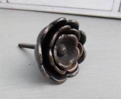 Metal Flower Hook