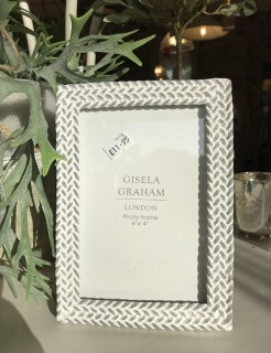 White and Grey Weave Design Photo Frame
