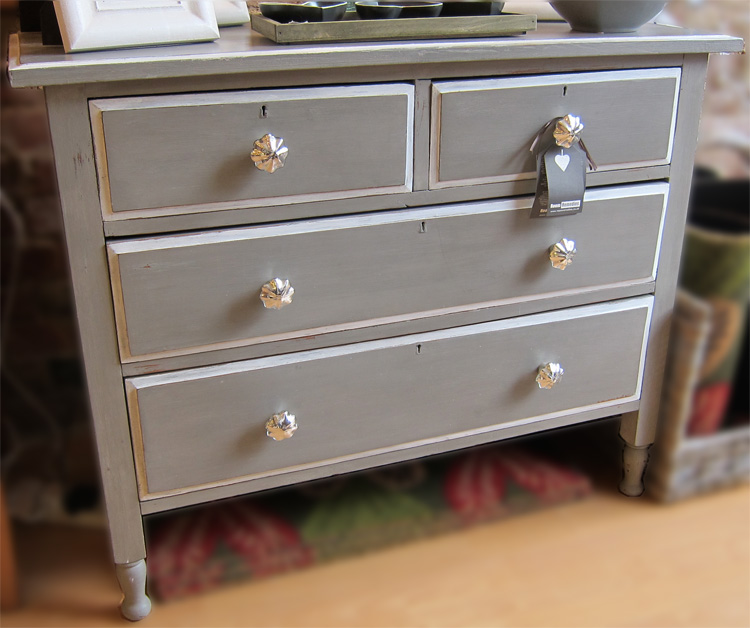 Grey Painted Edwardian Chest of Drawers : FAFfrenchlinensilverknobscod from www.roomremedies.co.uk size 750 x 628 jpeg 146kB