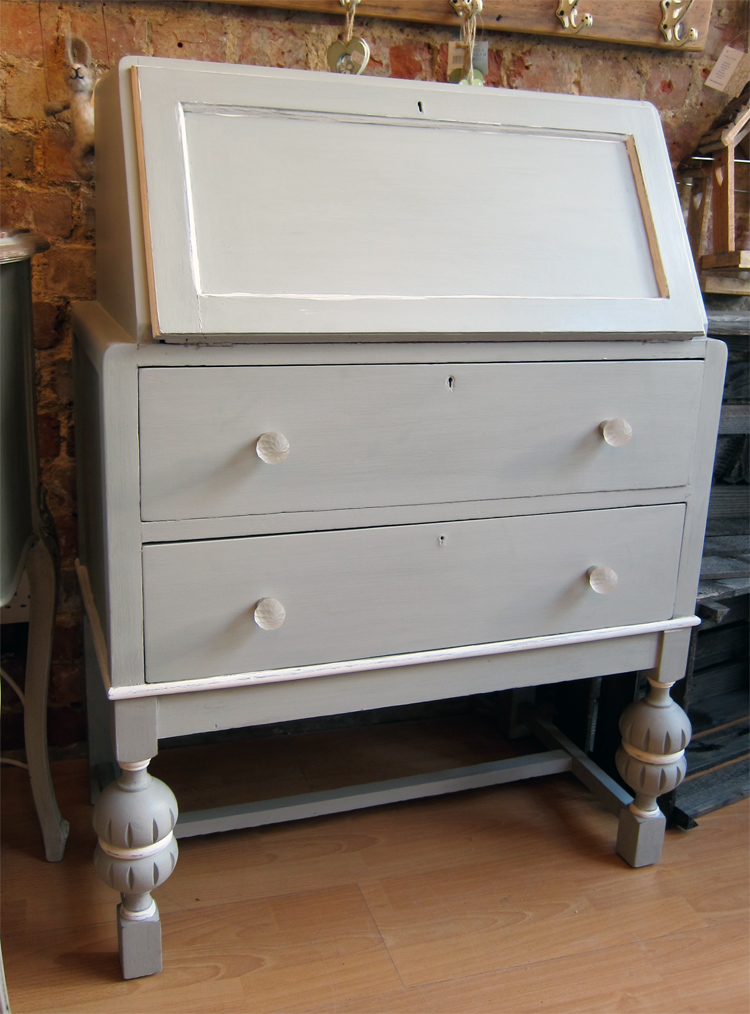 Home furniture sold furniture painted oak bureau for Bureau hardware