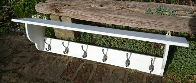 Suffolk White Coatrack with Shelf