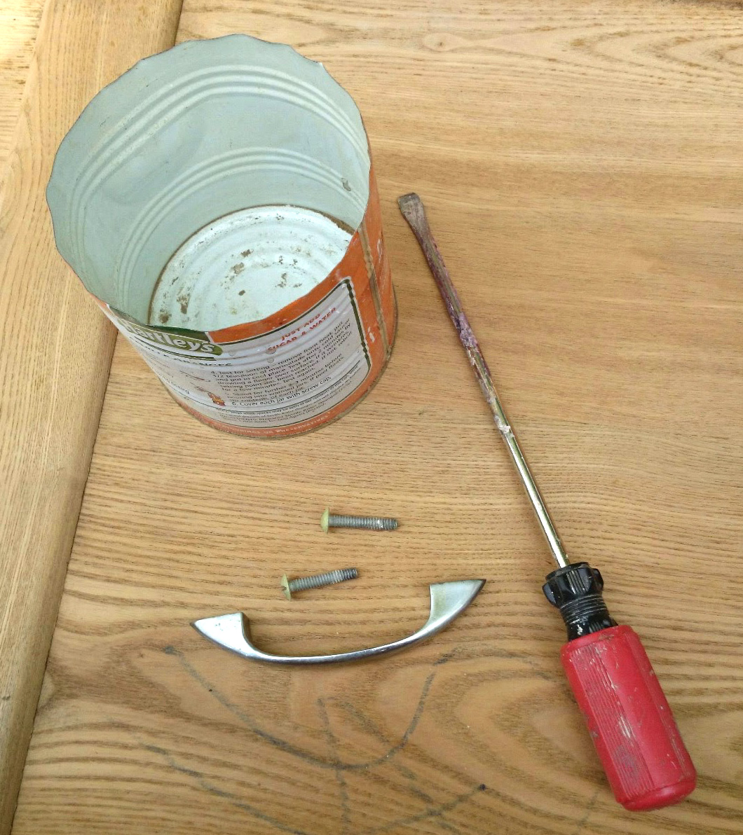 Picture of screwdriver and handles